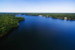 Virginia Lake Homes